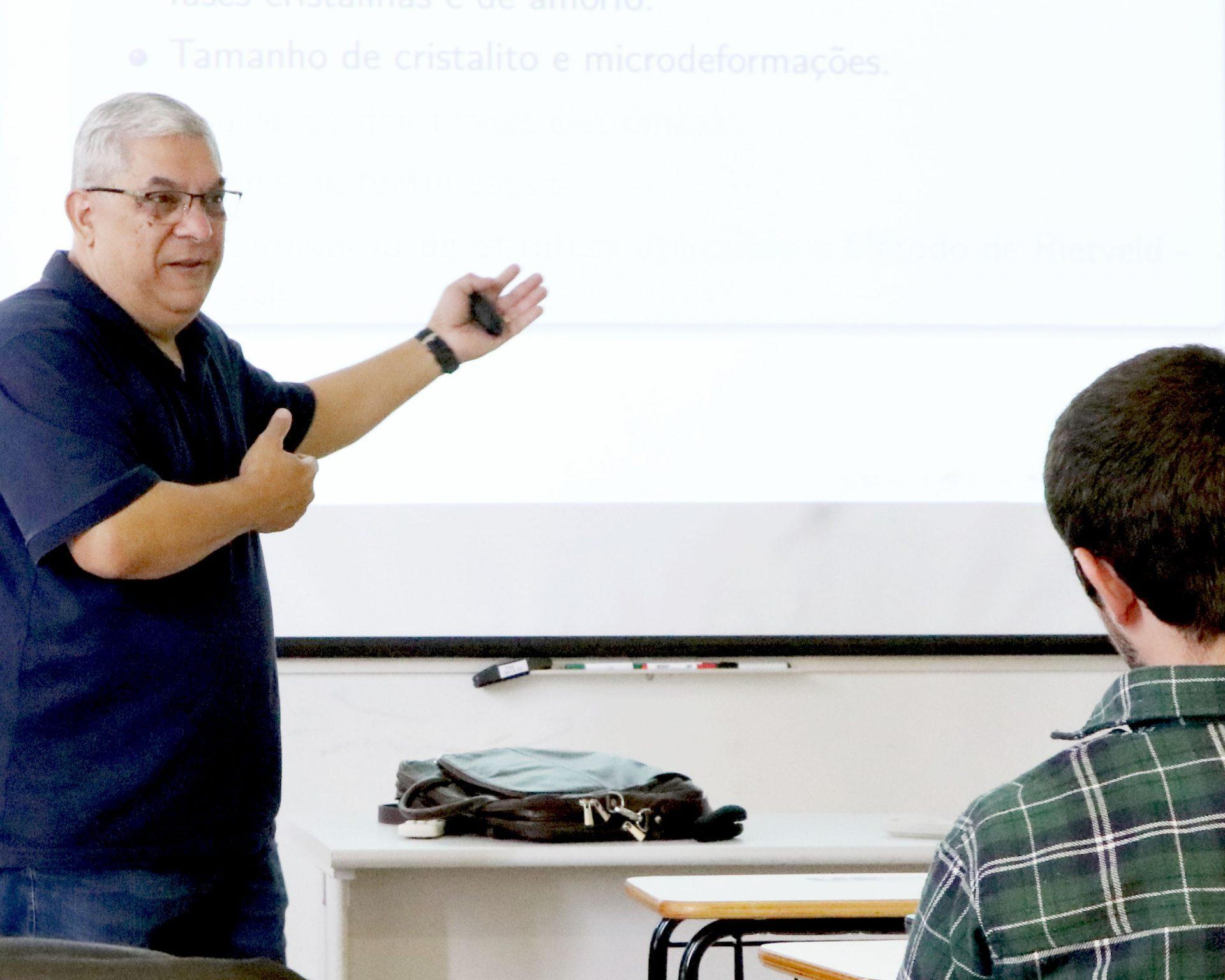 """XXII Semana de Física da UEPG retrata """"Da Terra à Lua"""""""