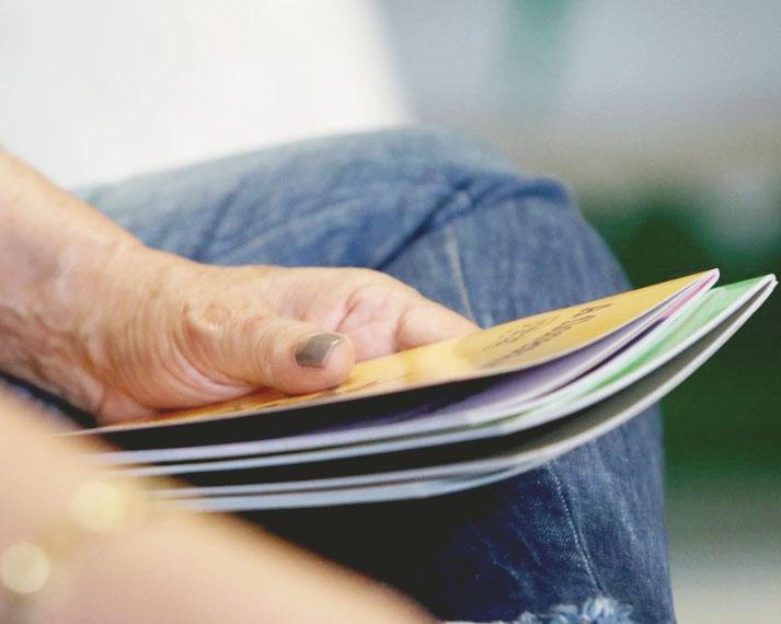 Agência de Jornalismo e IESOL da UEPG aderem à campanha de doação de livros