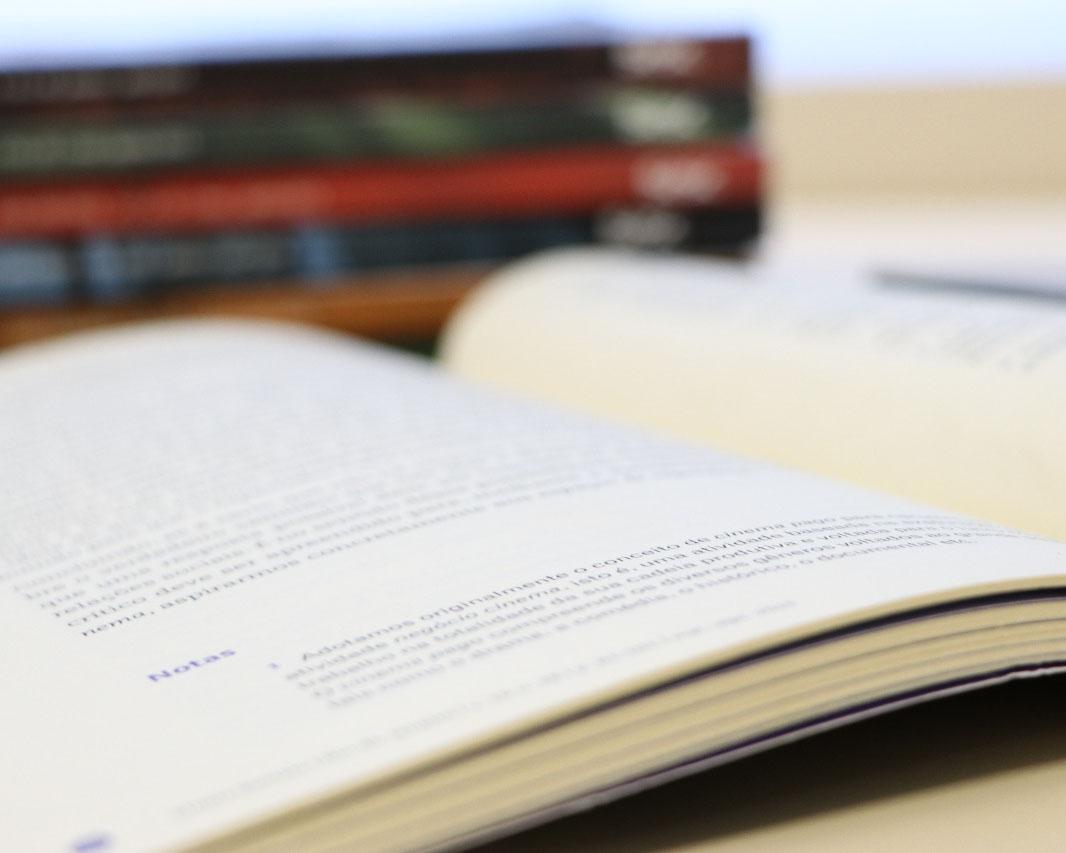 Editora UEPG realiza promoção de Final do Ano