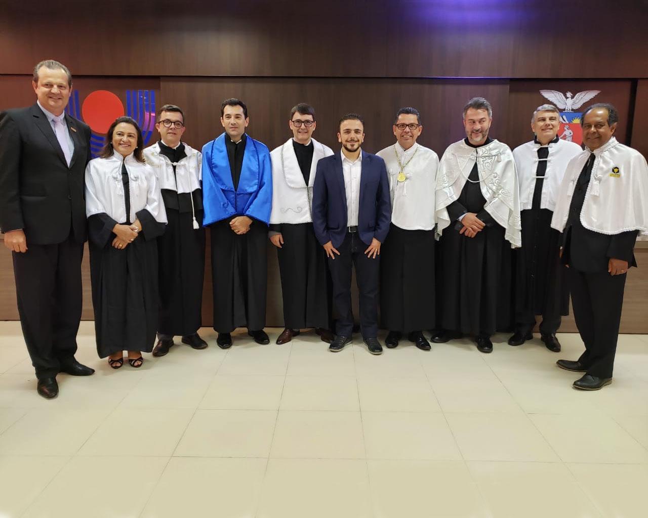 Reitor da UEPG participa da posse da nova diretoria da Unioeste