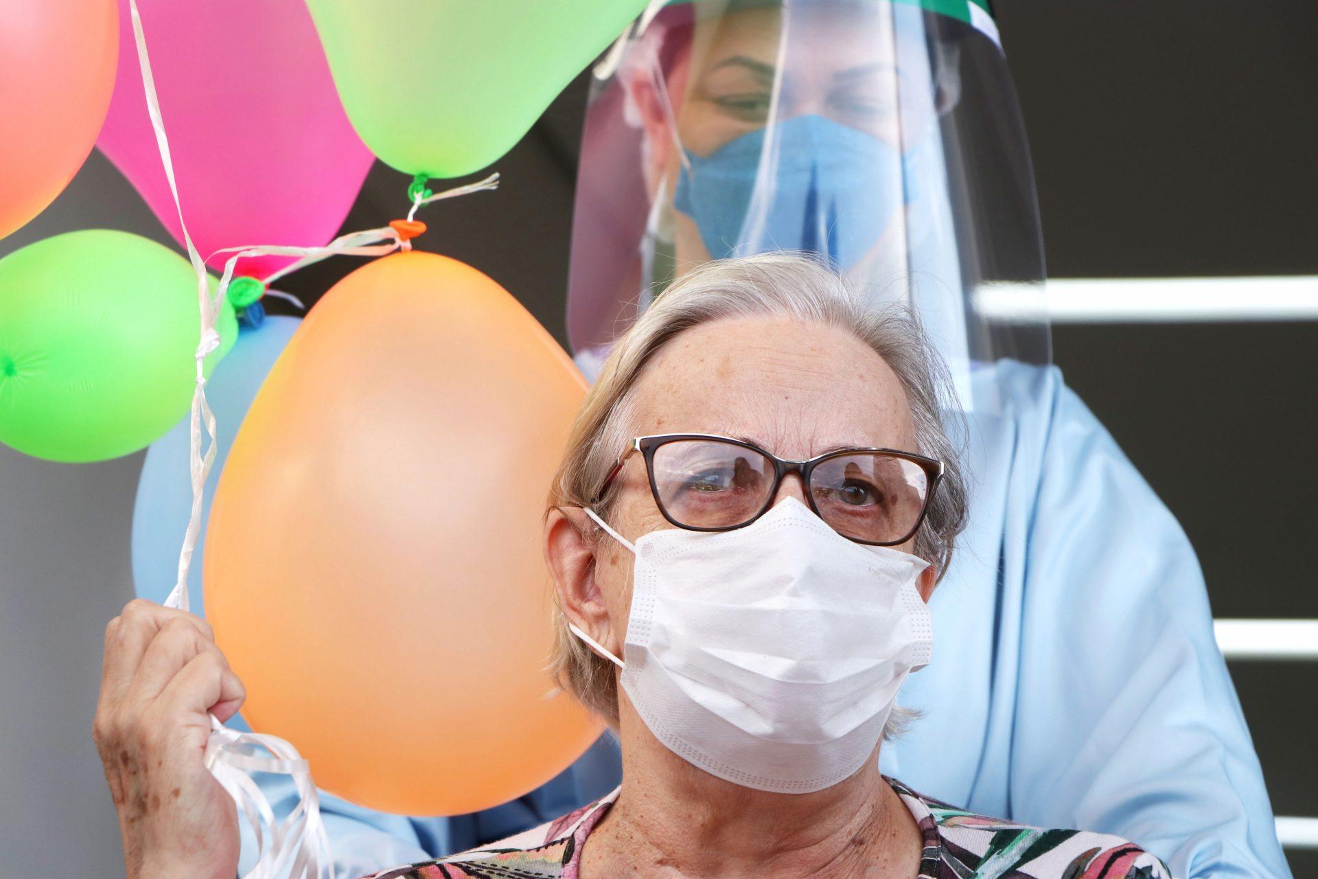 HU-UEPG comemora quase mil altas de pacientes com Covid-19 em 2020